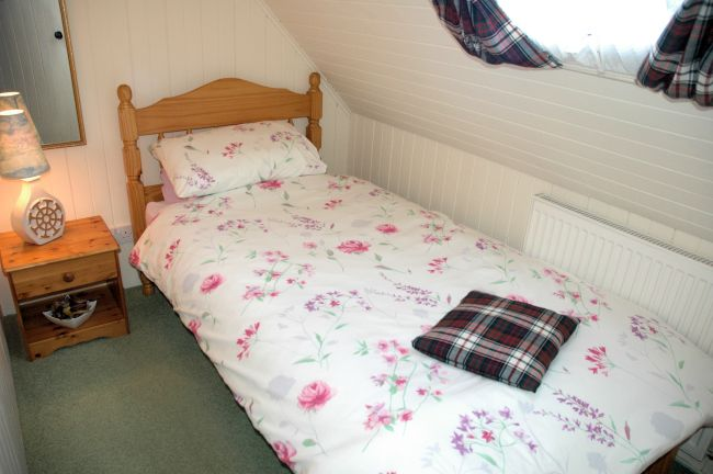 The Single Bedroom In Bruaich Cottage, Lochcarron, Is Small But Comfortable  And Has A Part 86